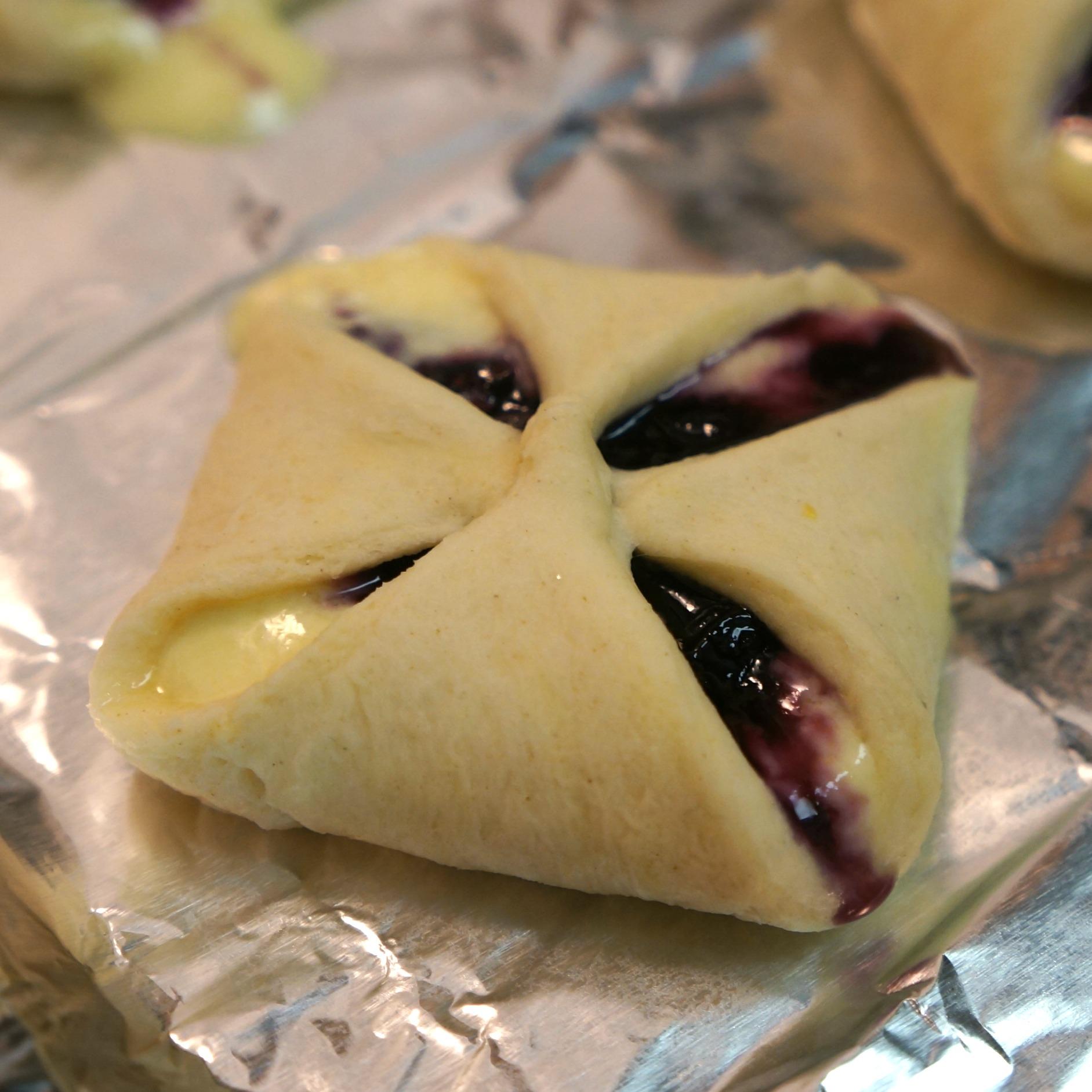 blueberry lemon danish1